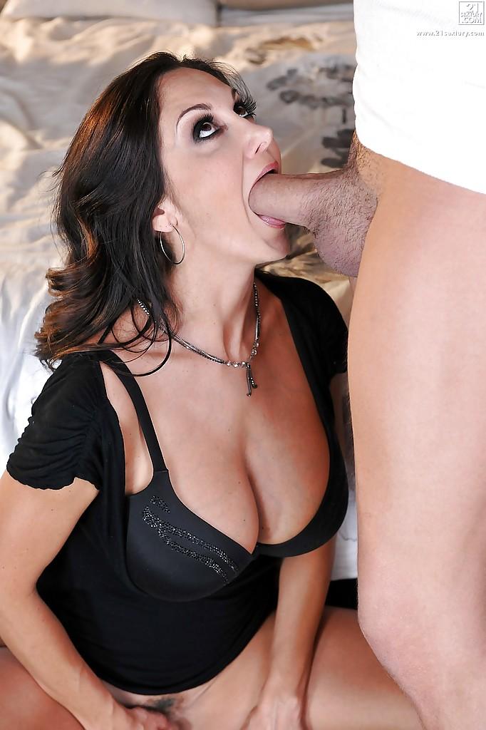 Blowjob By Milf Pornstar Ava Addams