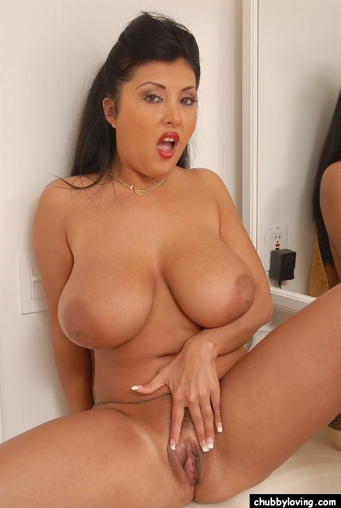 Cassandra Big Natural Tits